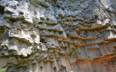 Batu Dinding Kilo Tiga Cliff